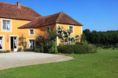 Exterior de la casa francesa — Foto de Stock