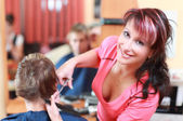 Young hairdresser — Stock Photo