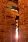 Sunlight shining in Karnak — Stockfoto