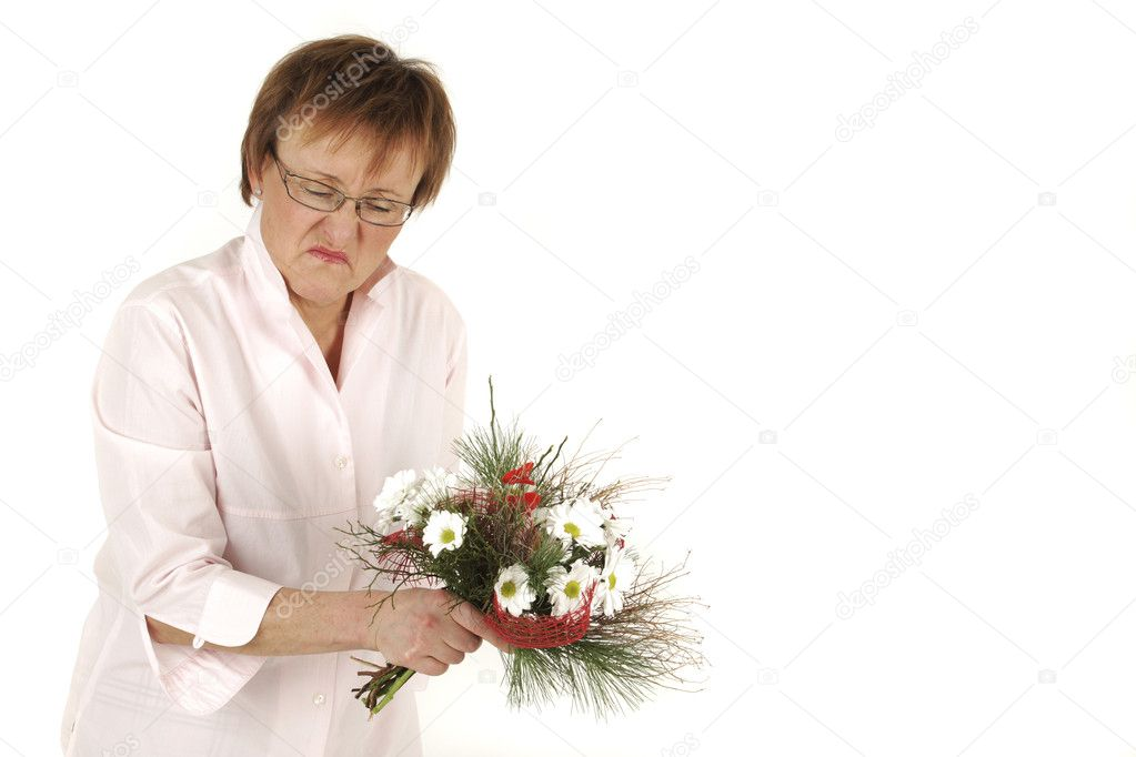 Lady is in bad mood because of the present — Stock Photo #1894263
