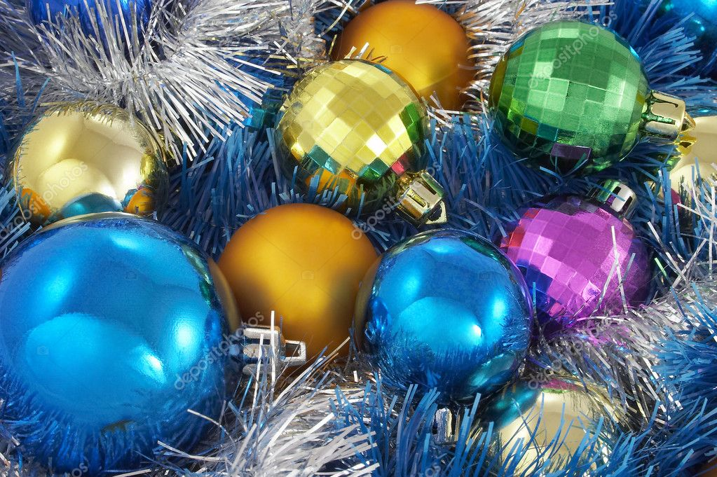 New Year's spheres in tinsel — Stock Photo #1887712