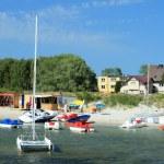 equipamentos de desportos aquáticos na praia — Foto Stock
