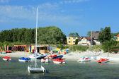 Utrustning för vattensporter vid stranden — Stockfoto
