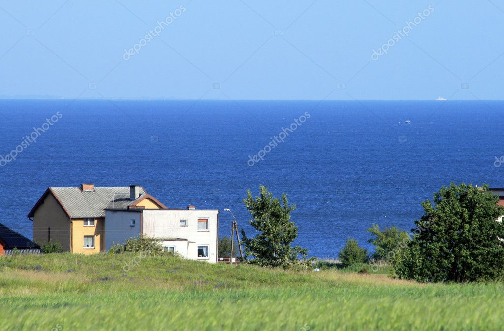 Houses on the shore of the sea — Stock Photo #1972581