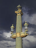 Paris - outdoor golden post lamp — Stockfoto