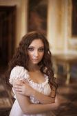 Young beautiful lady — Stock Photo