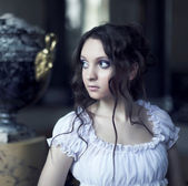 Portrait of young beautiful lady — Stock Photo