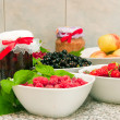 Jam and fresh fruit — Stock Photo #1901484