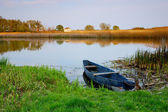 River and boat — Stockfoto