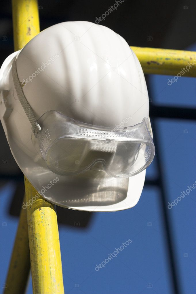 White helmet and goggles close up  Stock fotografie #1870815