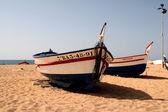 Fisherman boat on the beach — Stock Photo
