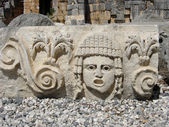 Ancient heads — Stock Photo