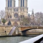 Snow in paris — Stock Photo