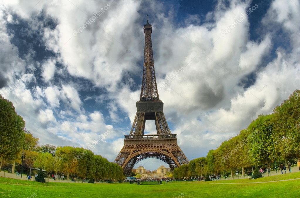 Eiffel tower — Stock Photo #1983413