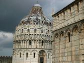 Pisa - Duomo and Baptistery — Stock Photo
