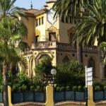 Villa in resort town — Stock Photo