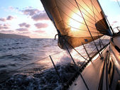 Sailing to the sunrise — Foto de Stock