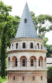 Berömda medeltida galata tower i istanbul — Stockfoto