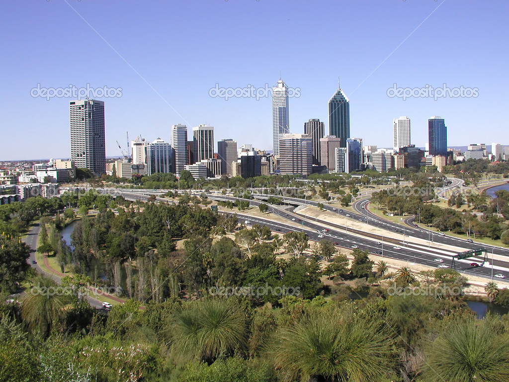 View of Perth, Western Australia skyline from the Anzac Memorial — Stock Photo #1967239