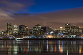 Cityscape night scene Montreal river — Stock Photo