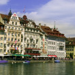 Houses in luzern by lake — Stock Photo
