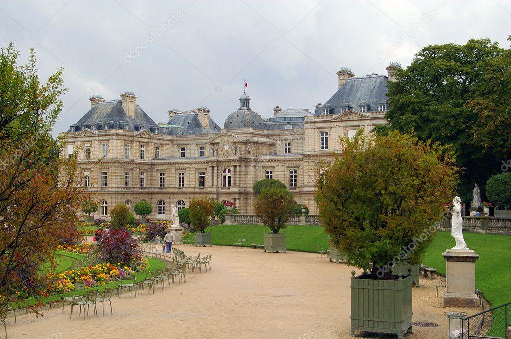 Parque de luxemburgo paris jardin fotos de stock for Jardines de luxemburgo paris