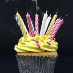 Cupcake su nero — Foto Stock