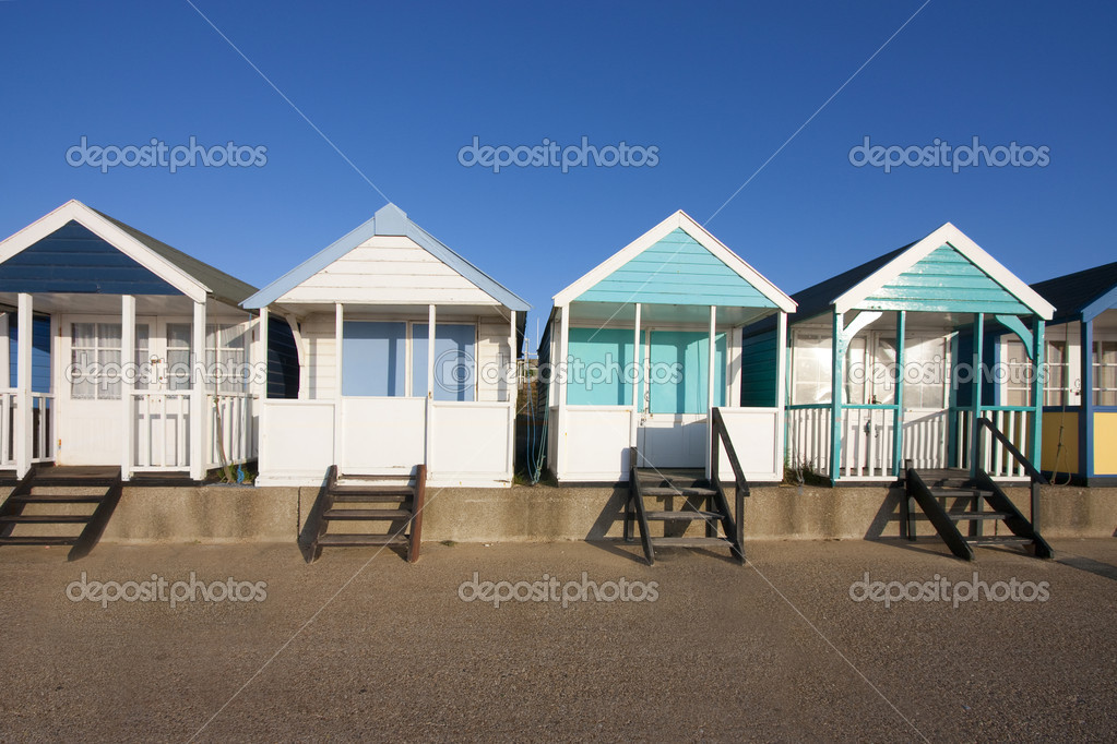 Southwold beach hut by the beach at dawn — Stock Photo #2183175