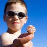 ビーチで若い子 — ストック写真