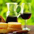 Red wine, bread and cheese. — Stock Photo #1989005