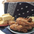 Fried chicken and cornbread — Stock Photo