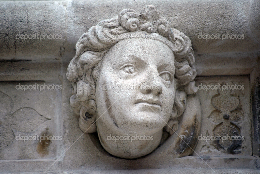 Antique bas-relief architectural detail of the St. James Cathedral, Sibenik — Stock Photo #2377003