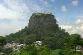 Myanmar. Mount popa. Buddhist monastery — Stock Photo