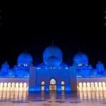Sheikh zayed mosque in Abu Dhabi, UAE, M — Stock Photo