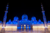 Sheikh zayed mosque in Abu Dhabi, UAE, M — Stock Photo