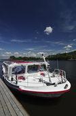 Gezi teknesi — Stok fotoğraf
