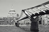 The Milleneum Bridge — Stock Photo