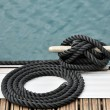 Rope and bitt — Stock Photo