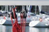 Sailing pulleys with rope — 图库照片