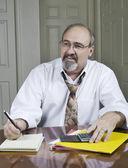Bussinessman à son bureau — Photo
