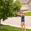 Shooting hoops at home — Stock Photo