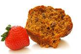 Bran Muffin & Strawberry — Stock Photo