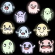 Set of 10 Cute Glowing Ghosts — Stock vektor