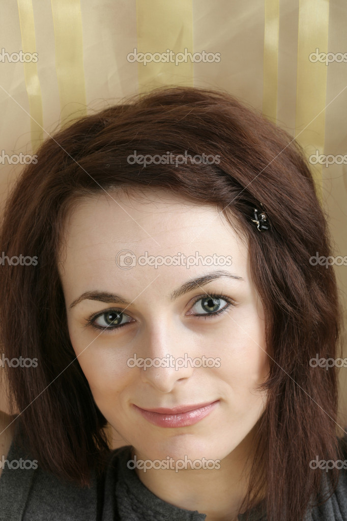 Portrait of a happy beautiful woman with green eyes. — Stock Photo #1997408