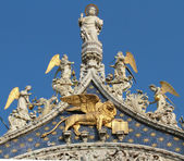Detail of facade, San Marco Basilica in — Stock Photo