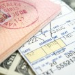 Ticket passport and dollars — Stock Photo