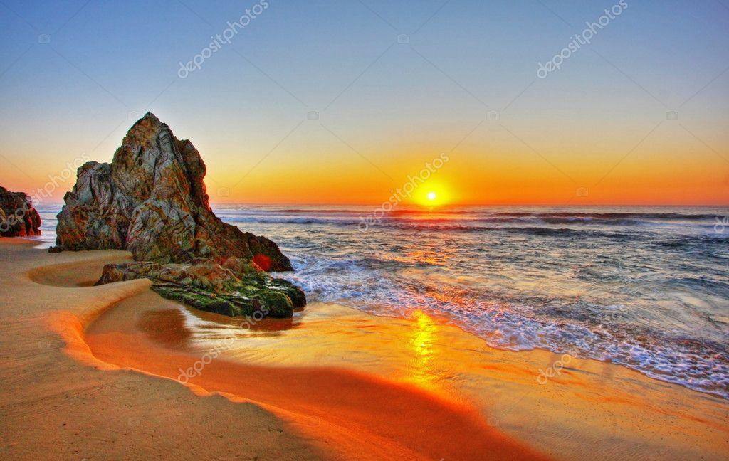 Фотообои Sunrise Rocks