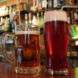 birra due per favore — Foto Stock
