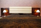 Cómoda cama — Foto de Stock