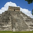 Kukulkan Pyramid at Chichen Itza — Stock Photo